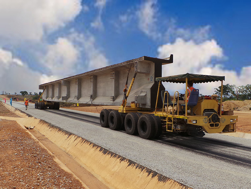 轮胎式运梁车运输铁路梁