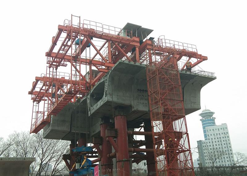 LGB型节段梁桥面吊